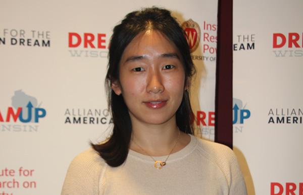 AI to Reduce Student Loan Debt Team: Eunji You